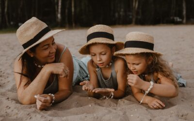 Mama i córki na plaży